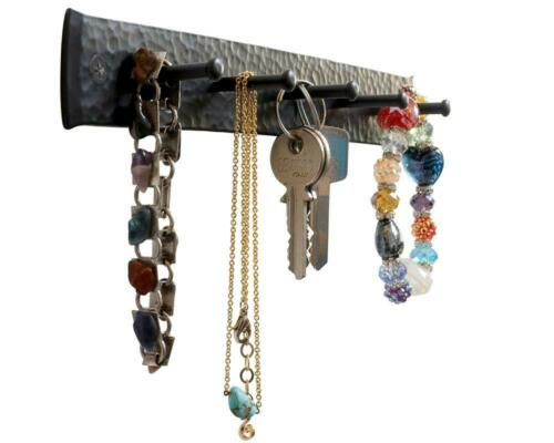 Decorative 5 Hooks Iron key holder for wall