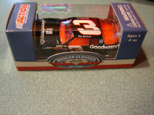 #3 Dale Earnhardt Sr 1989 GOODWRENCH MONTE CARLO AERO Action 1//64 Diecast NEW
