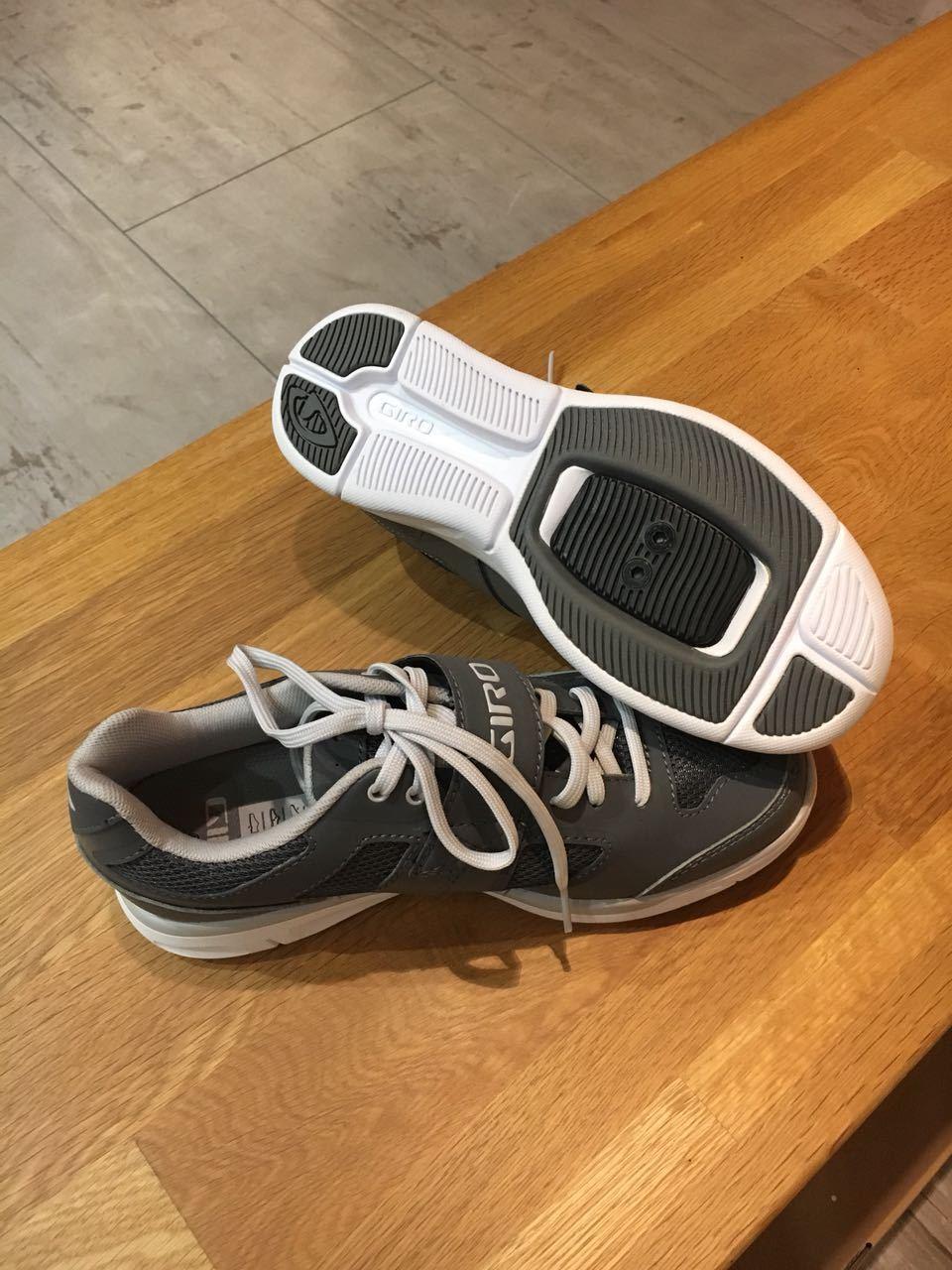 Giro MTB chaussures whynd Lady gris-blanc