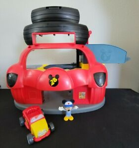 Disney Mickey Mouse Roadsters Racers Garage Playset