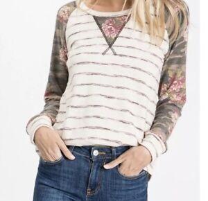 Women-s-7th-Ray-BOUTIQUE-Floral-Camo-Stripe-TOP-Shirt-SWEATSHIRT-FALL-Sz-L-Large