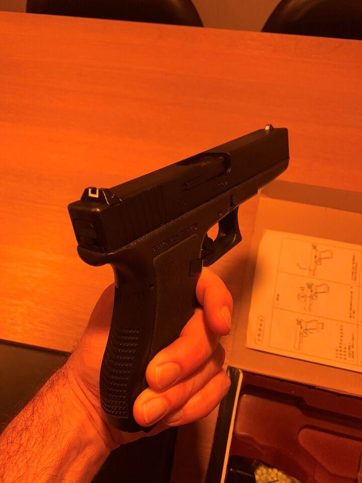 Paintball Pistol, Omega