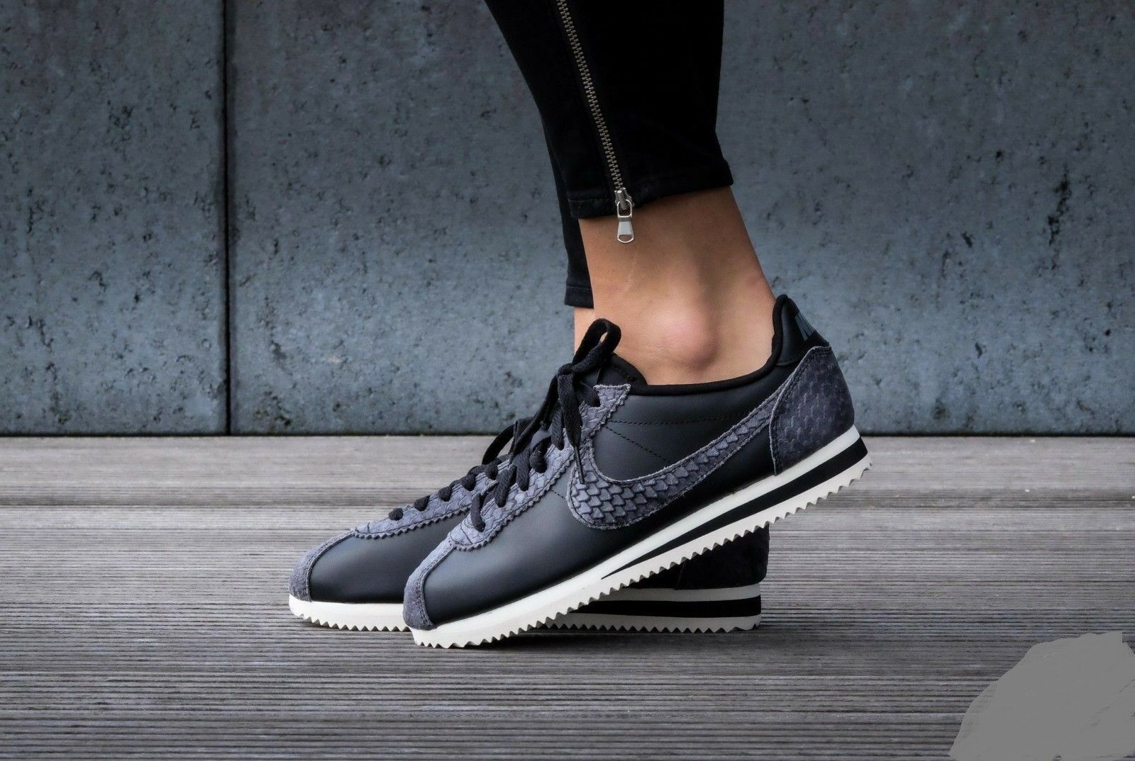 330a1d0fb131 Womens Nike Classic Cortez Premium Black Sail 9 905614-002 for sale ...