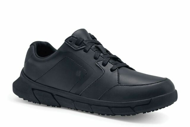 Bungee Slip Resistant Lace-up Sneaker