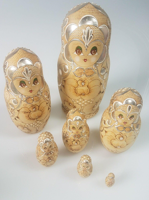 7 Pcs Russian Main Painted Nesting Doll Magnifique Matriochka Signé 1993