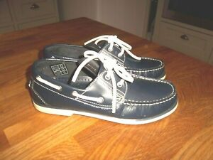 DEK navy blue leather deck boat shoes