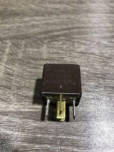 Neu-Genuine-OE-VW-Relais-Kontrolle-Modul-Einheit-431951253d