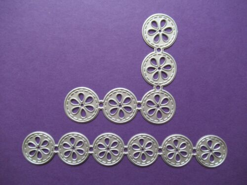 NEW 2 Pc Daisy Flower Corner /& Border Edge Metal Craft Cutting Dies FREE P/&P