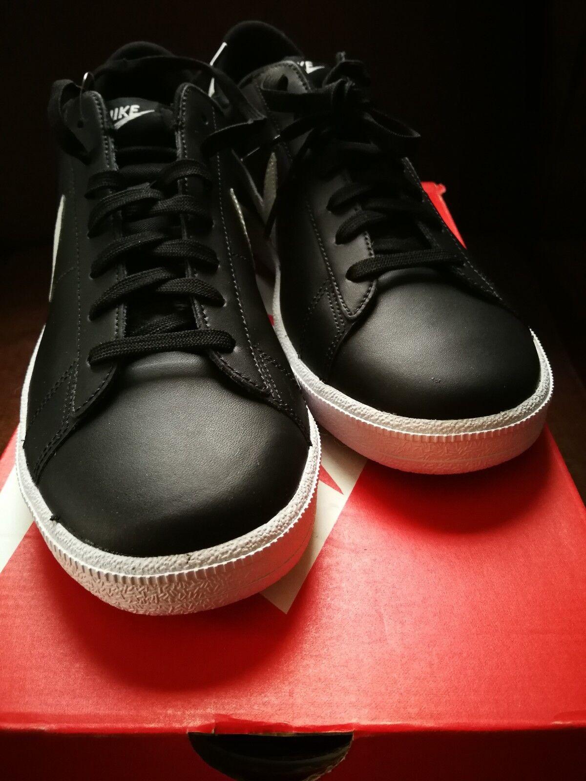 NIKE Vintage Classic Style Black Tennis Kicks
