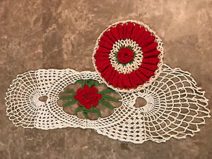 Lot of 2 Vintage Collectible Doilies Red Roses Crocheted Hand Made Pretty