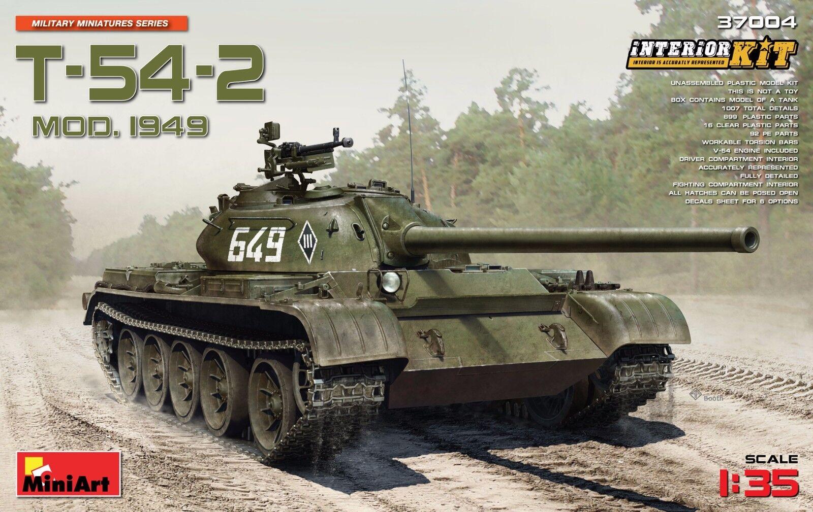 PLASTIC MODEL KIT T-54-2 SOVIET MEDIUM TANK. Mod 1949 1 35 MINIART 37004