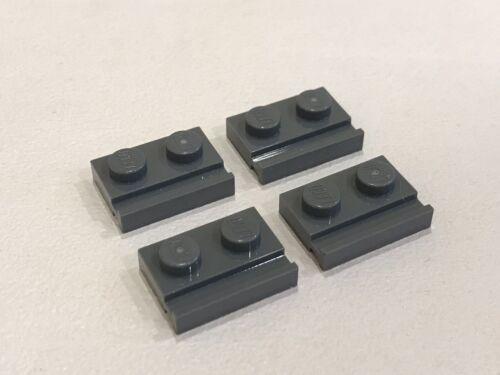 4x LEGO grigio scuro Bluastro PIASTRA PIATTA della scanalatura 1x2 Rail slide-P//N 32028 NUOVE A010