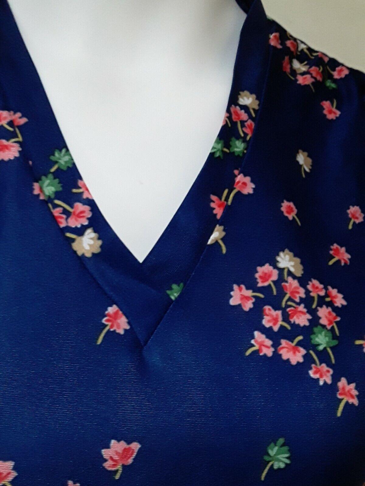 Vintage Ms. Claire Blue Floral House Dress, Size … - image 3