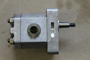 DDR Orsta Hydraulikpumpe hydraulic pump TGL 37069 2,5-20.0-110