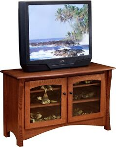 HHIs Master 50 TV Stand