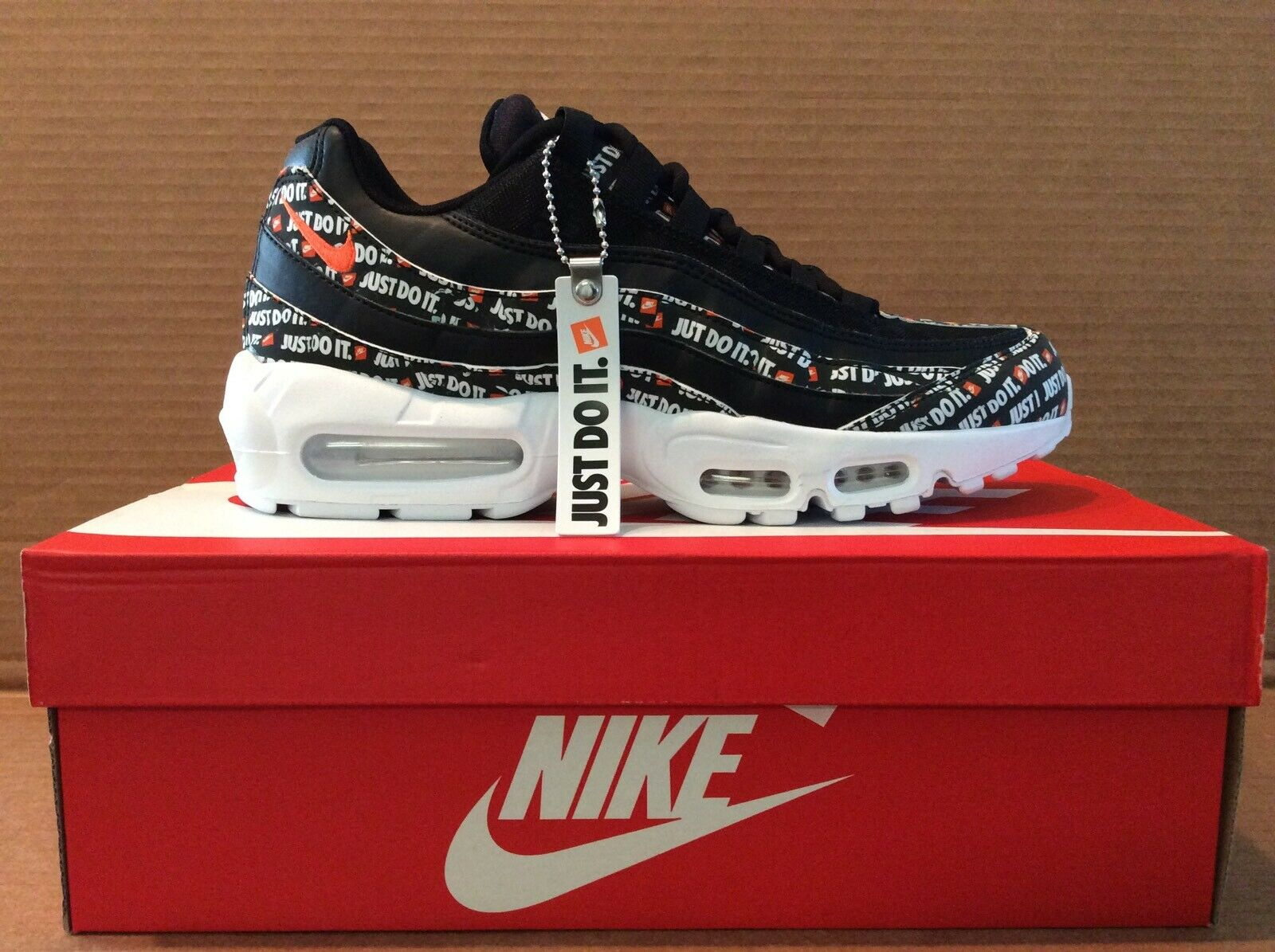 Nike Air Max 95 SE 'Just Do It' black orange size 9.5 mens 11 womens