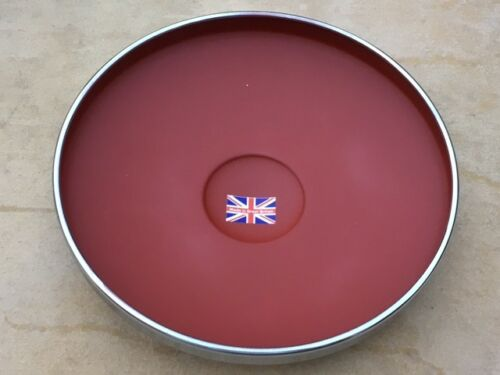GRATIS UK POST FORD POPULAR 100E NUOVO MADE IN ENGLAND hub caps x 4