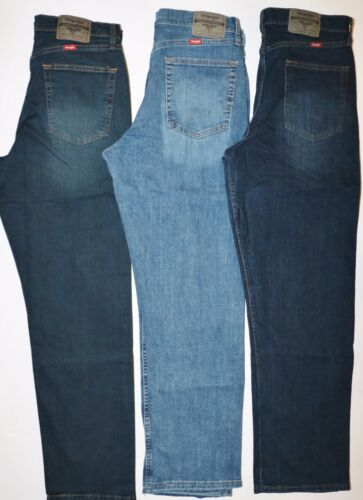 New Wrangler Relaxed Fit Jeans with Flex  Three Colors  Men/'s Sizes