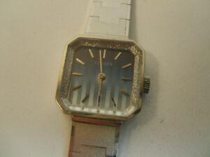 silberne-Armbanduhr-Uhr-Metallband-Citizen-1970er-70s-vintage-original-Damenuhr