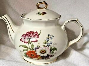 VINTAGE-1950-039-S-Sadler-of-England-teapot-mum-daisy-and-bluebells-W-gold-trim