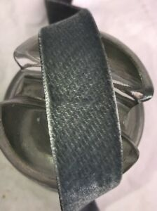 1-Yard-vintage-grey-velvet-1-034-rayon-ribbon-Millinery-hat-doll-Germany