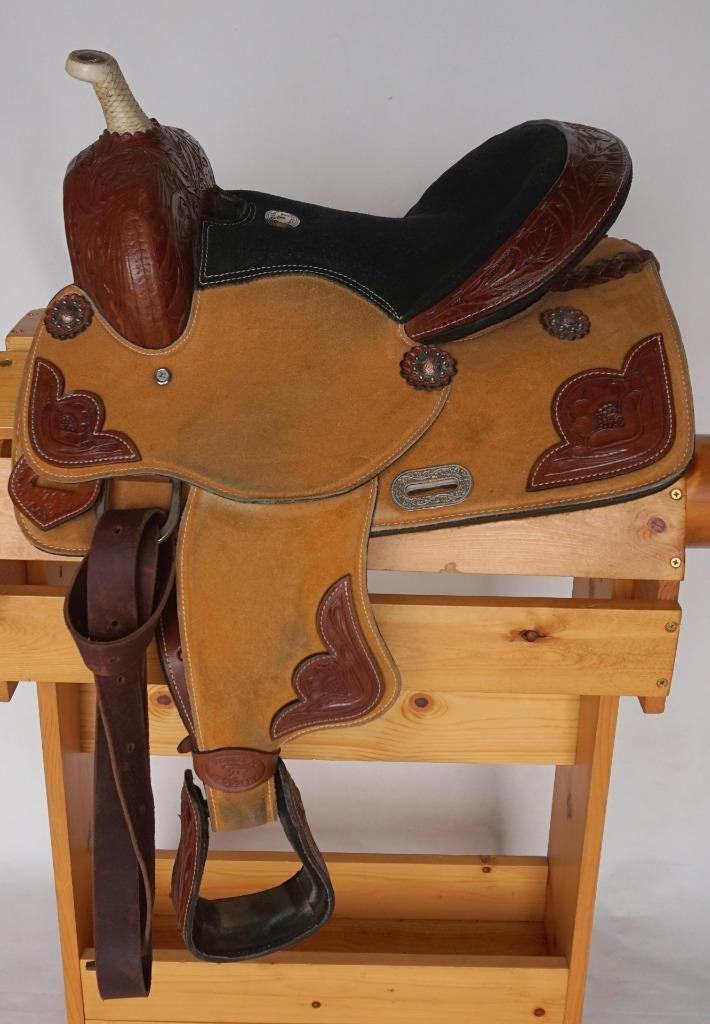 USED Youth Saddle Med Oil Suede All Rough out Show Trim Double T 13