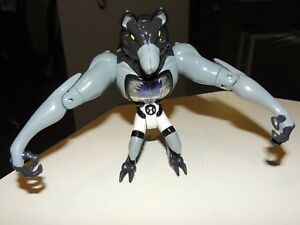 Ben-10-Benwolf-DNA-Alien-6-034-collection-Bandai-heroes
