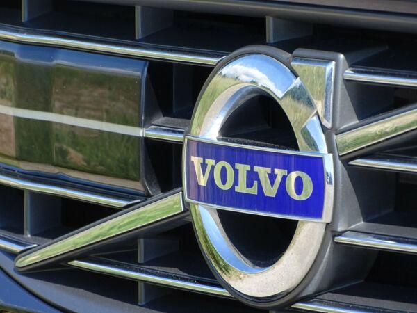 Volvo V60 2,0 D4 181 Momentum aut. Van - billede 4