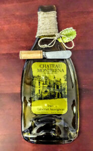 Brand-NEW-GLASS-BOTTLE-CHEESE-PLATTER-Set-with-Cutting-Knife-Olive-Green-USA