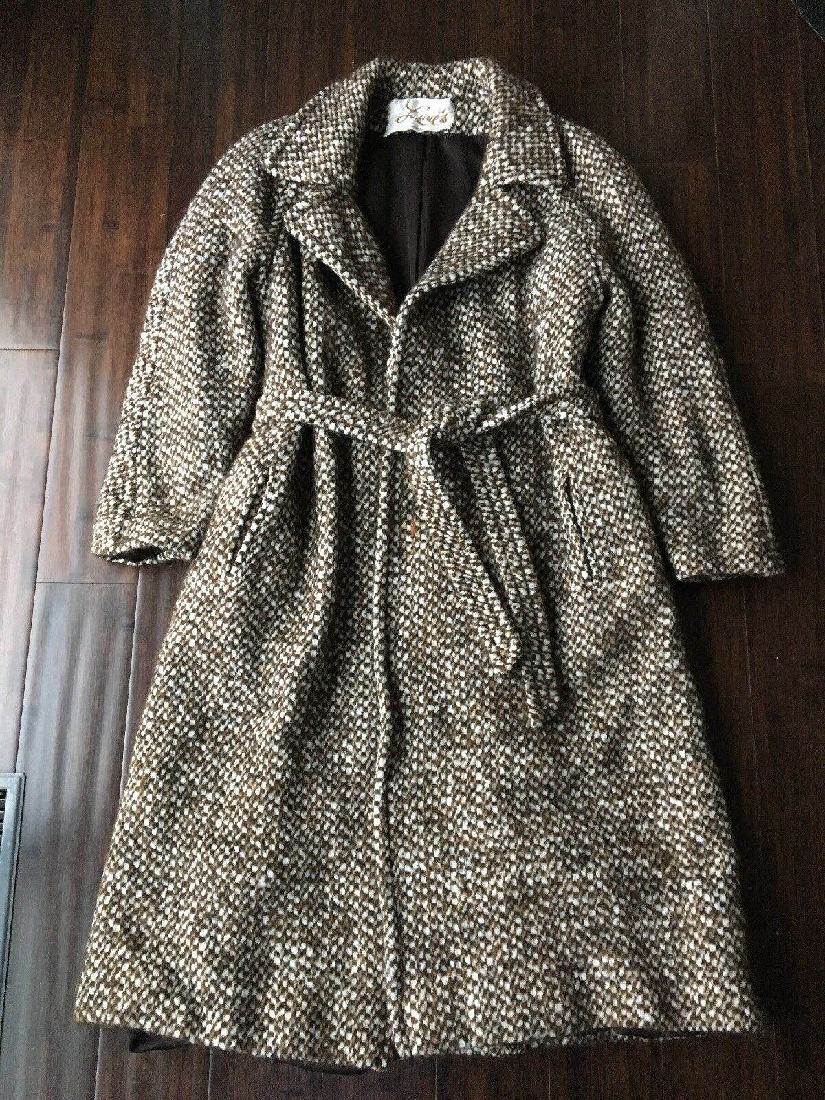Beautiful Vintage Wool Tie Waste Coat Brown White Lined Size 6