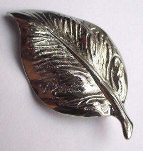 Fougueux Élégante Broche Bijou Vintage Feuille Couleur Argent Gravée Relief 2333