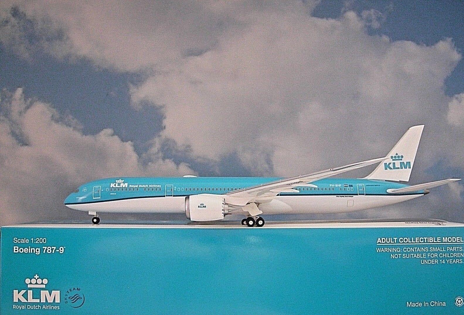Hogan Wings 1 200 boeing 787-9 KLM PH-Bhf li10833 + Herpa Wings catálogo