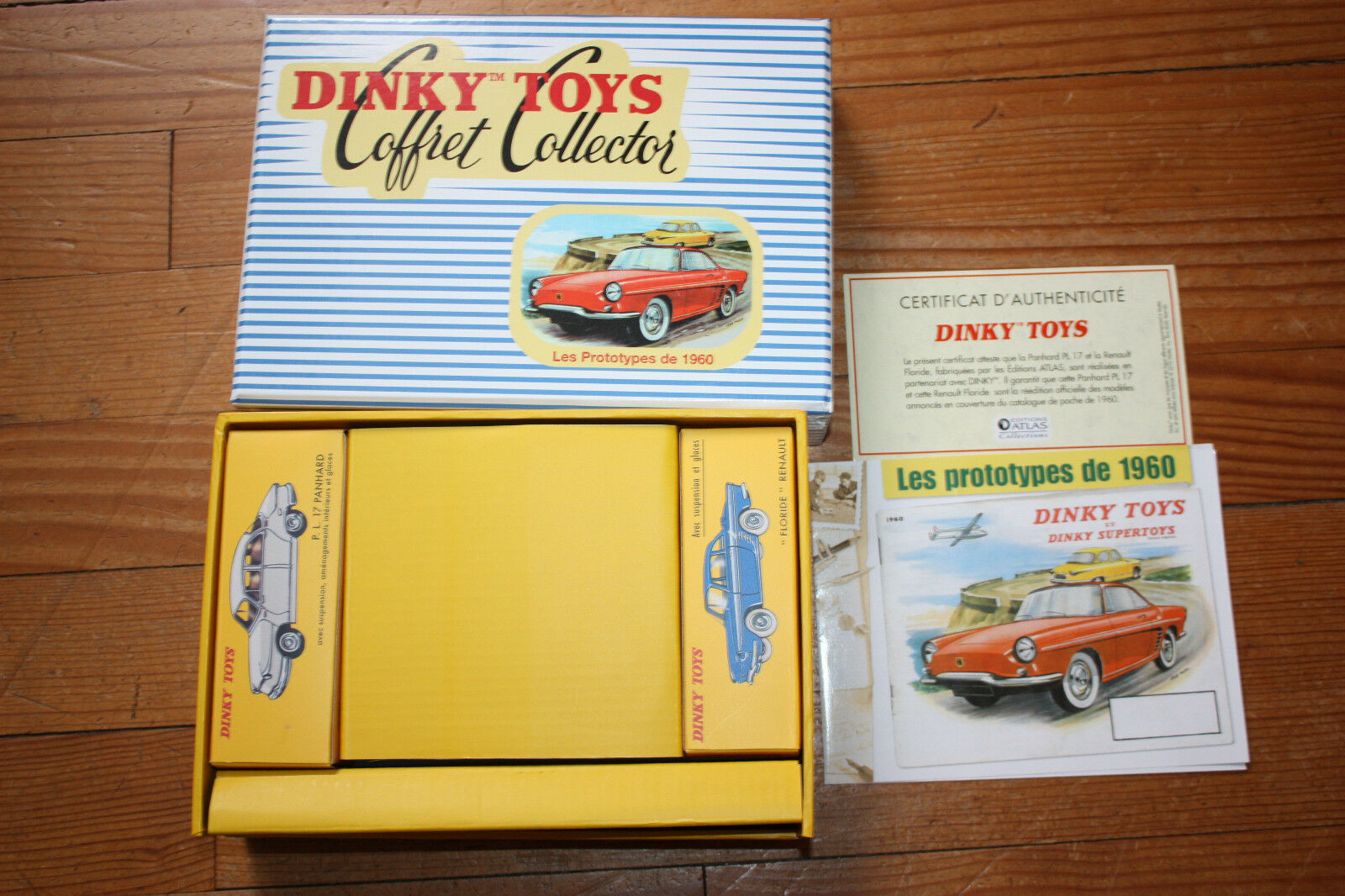 DINKY TOYS  COFFRET COLLECTOR  ProugeOYPES 1960  PANHARD  RENAULT  OVP  MINT