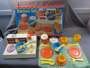 Vintage 1970s Fisher Price Kitchen Set 919 Stove And Dish