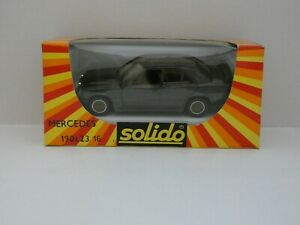 Solido-n-1352-MERCEDES-190E-2-3l-16-soupapes-neuf-en-boite-Mint-In-Box-1-43
