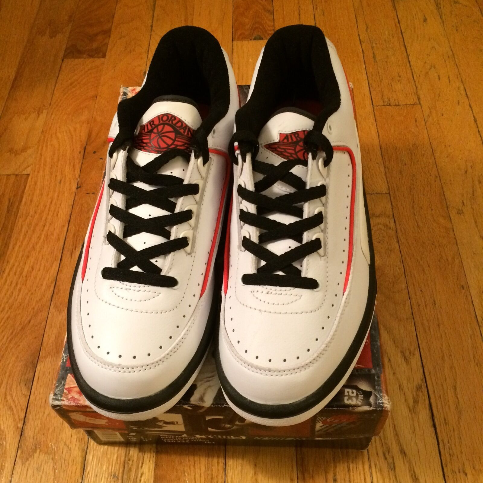 NIKE AIR JORDAN 2 LOW SIZE 9 WHITE/BLK/RED 1995 Seasonal clearance sale
