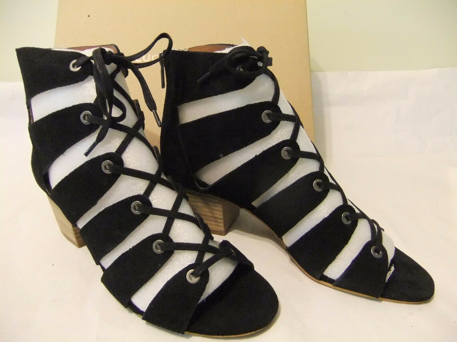 LUCKY BRAND Genevie Black Suede Leather Lace Up Gladiator Size 7 NIB  120