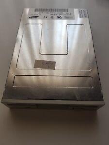 Floppy-Disk-Drive-3-5-034-1-44MB-internal