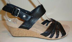 132dadca4d3 UGG Australia Size 7.5 SERINDA Black Leather Wedge Heel Sandals New ...