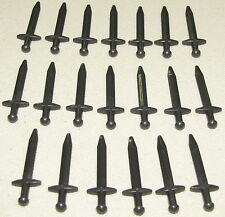 LEGO LOT OF 20 PEARL DARK GREY SWORDS POINTED GREATSWORD CASTLE KNIGHT WEAPON