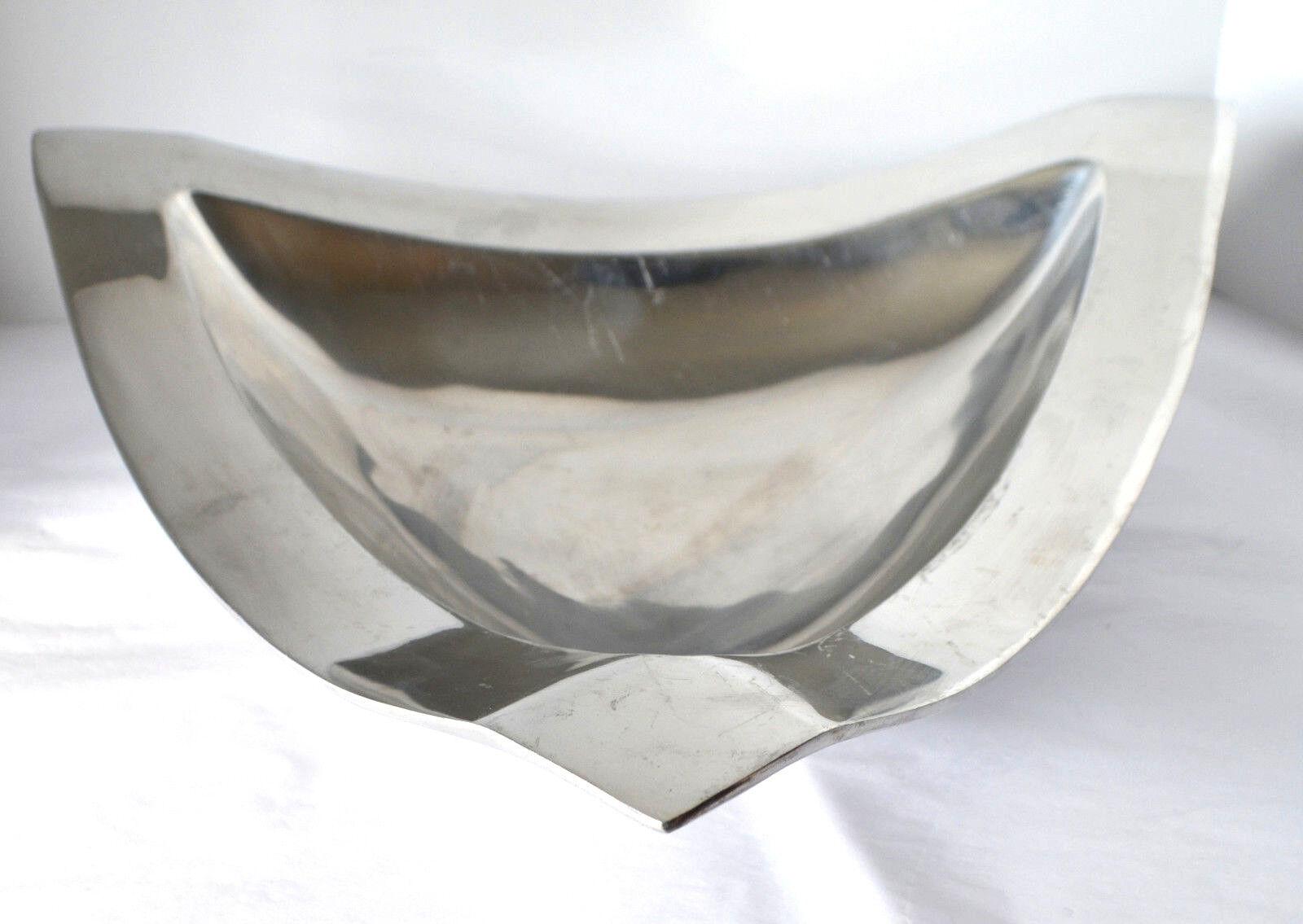 VTG Sant Andrea Triangular Metal Bowl Minimalist Oneida groß Fruit Serving Dish