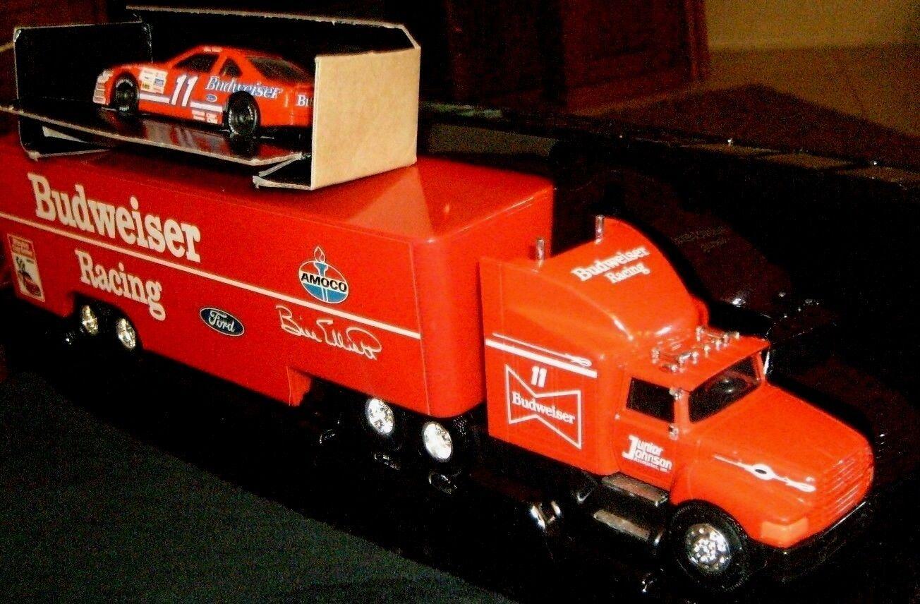 a la venta Racing Champions NasCoche 1992 Budweiser Budweiser Budweiser Racing Team Transportador & Cab + Coche-Nuevo  todos los bienes son especiales
