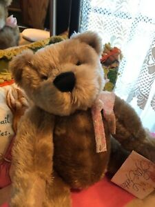 Once-Upon-A-Bear-Blossom-By-Linda-M-Rick-Love-letters-16-034-Bear