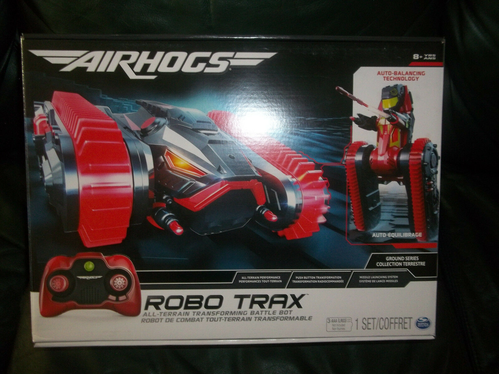 Air Hogs Robo Trax All Terrain Tank, RC Vehicle with Robot Transformation New