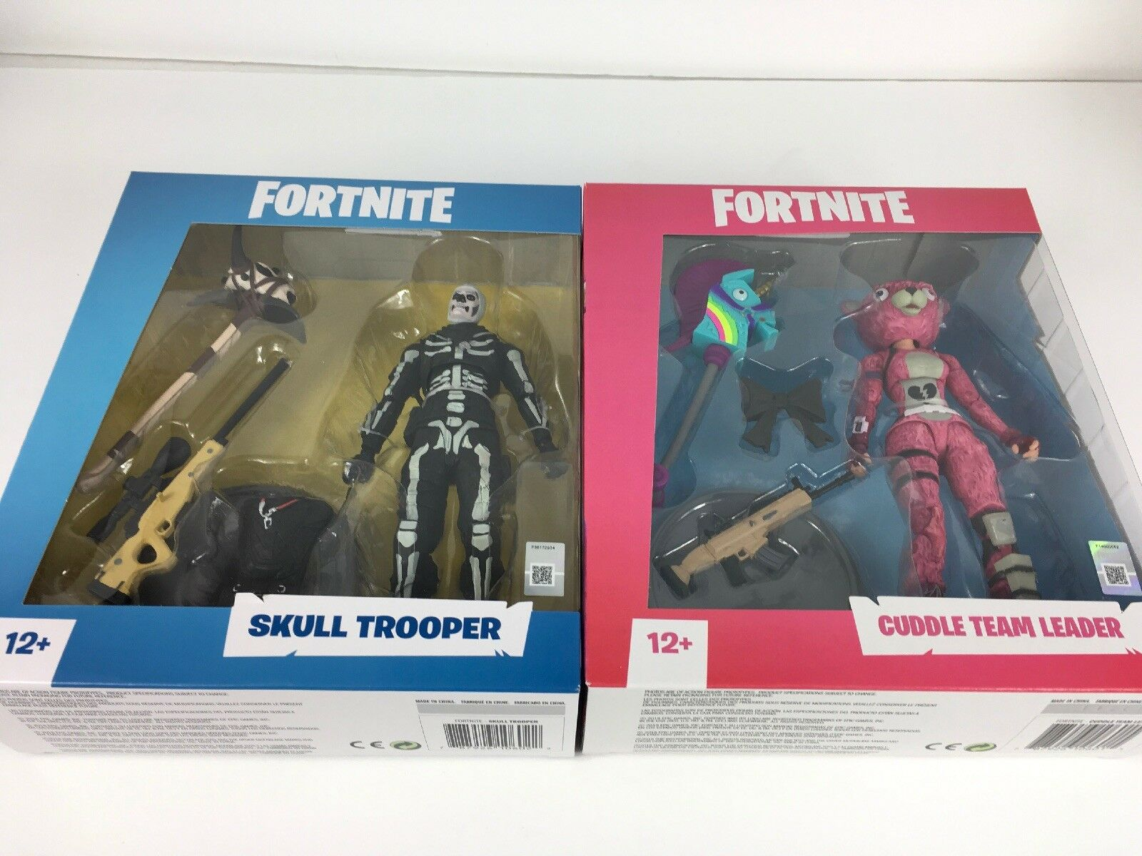 "Fortnite Skull Trooper And Cuddle Team Leader 7"" Acción Figura by McFarlane Juguetes"