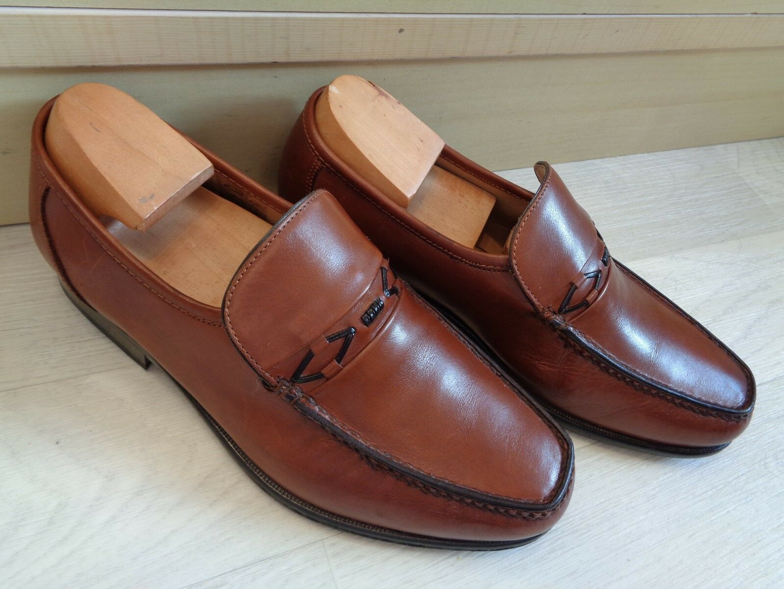 Loake brown moccasin UK 6 G 39.5 mens tan slip on loafer Wide
