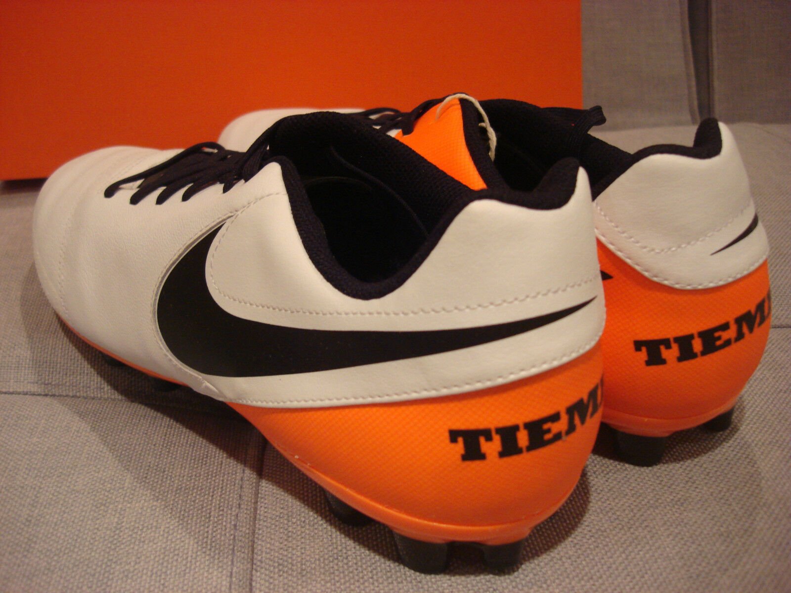 NIKE TIEMPO GENIO II SOCCER FOOTBALL FOOTBALL FOOTBALL SIZE 12 WHITE BLACK SHOES - BRAND NEW 0ff5ad