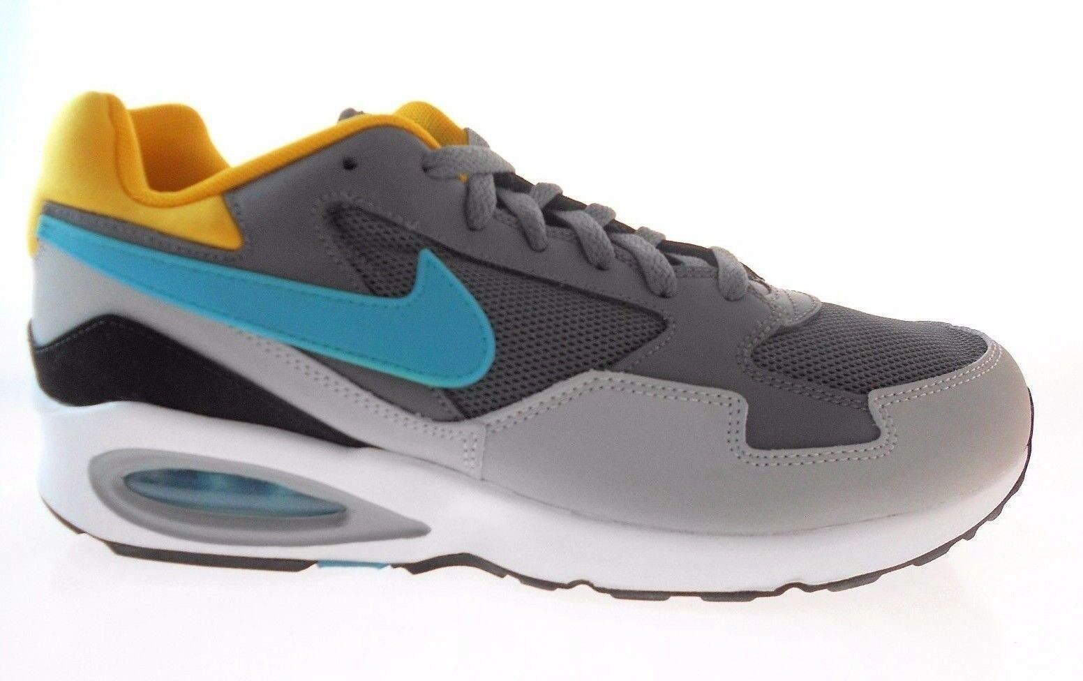 Nike Air Max ST sneakers 652976 003 Size 7 NWB