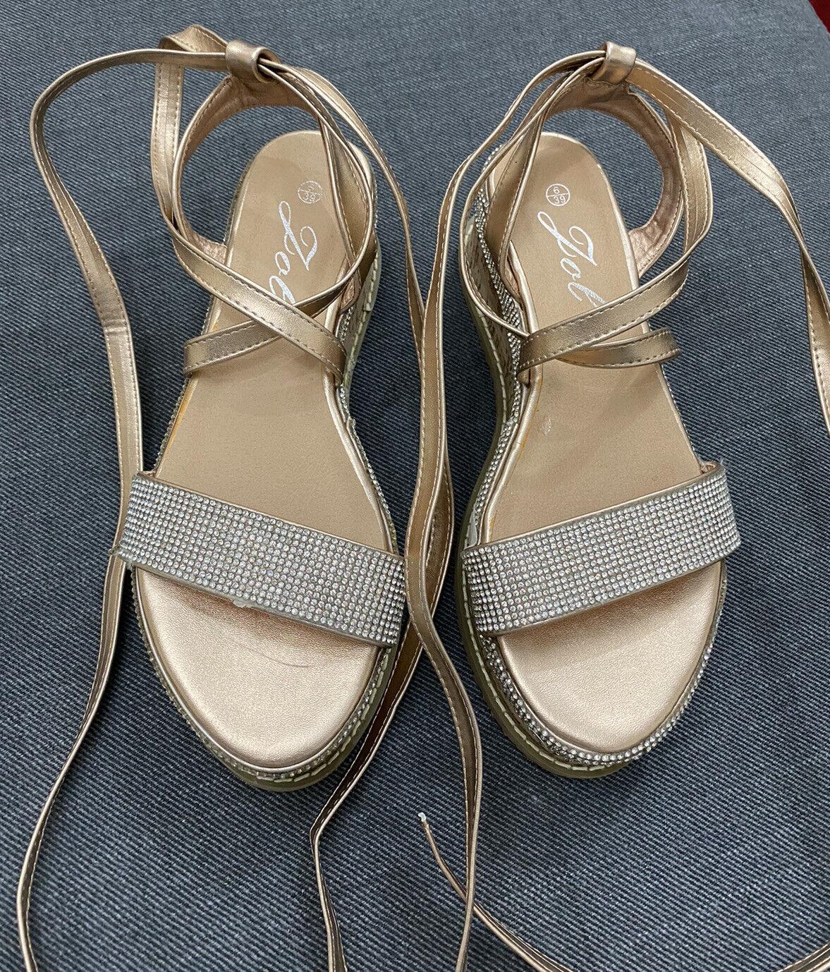 Jol platform heels size 6(AA 114)