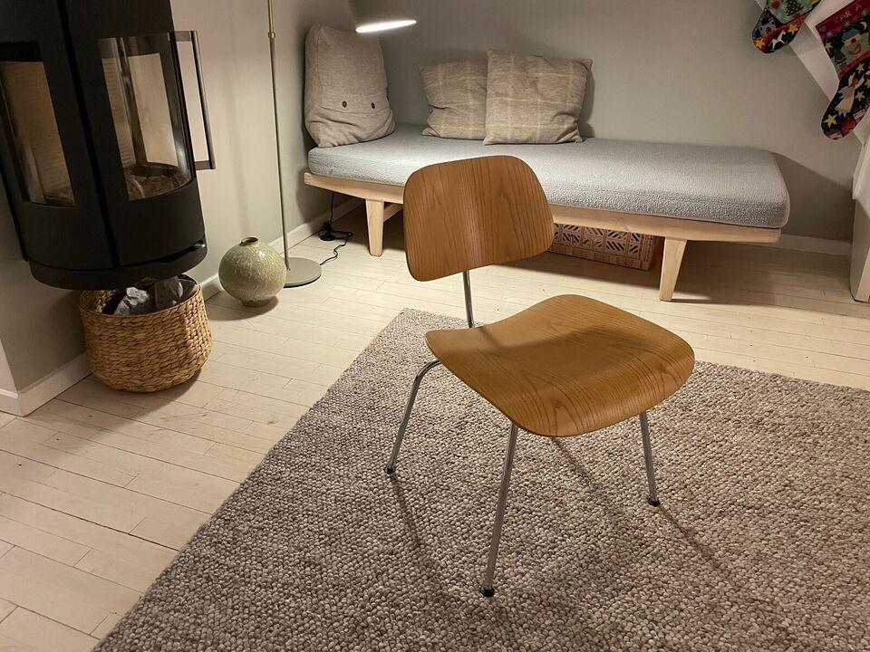 Charles Eames, stol, DCM
